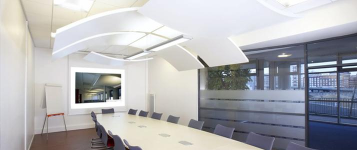 Toplantı Odası Yüzer Tavan Paneli Uygulaması